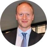 Erfahrungen als Trainee: DZ HYP – Gewerbliche Immobilienfinanzierung, Schwerpunkt Vertrieb.