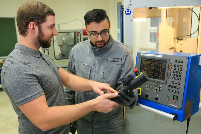 Auszubildenden Industriemechaniker (m/w/d) Fachrichtung Betriebstechnik