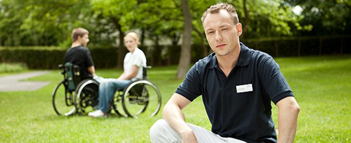 Interessenten (w/m/d) für ein Freiwilliges Soziales Jahr oder Bundesfreiwilligendienst in einer Pflegeeinrichtung