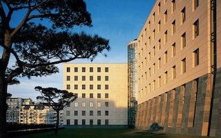 IKB Deutsche Industriebank AG - Rückansicht