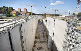 Bau der Weserschleuse Minden